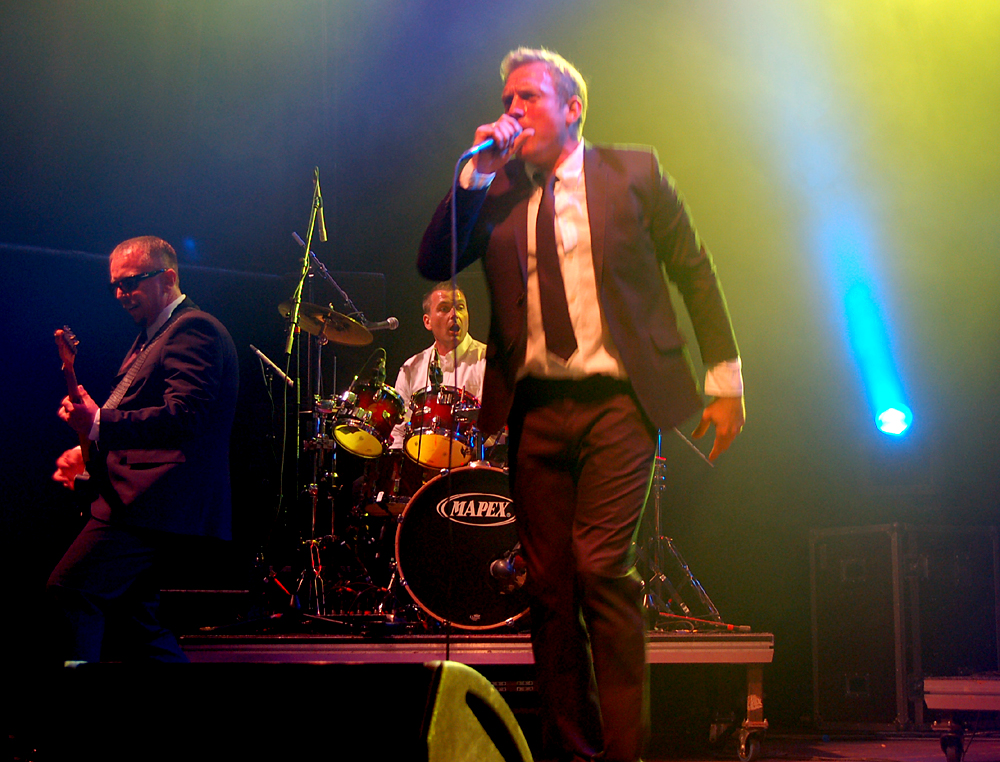 THE FRITS live with MADNESS 3rd and 4th october!